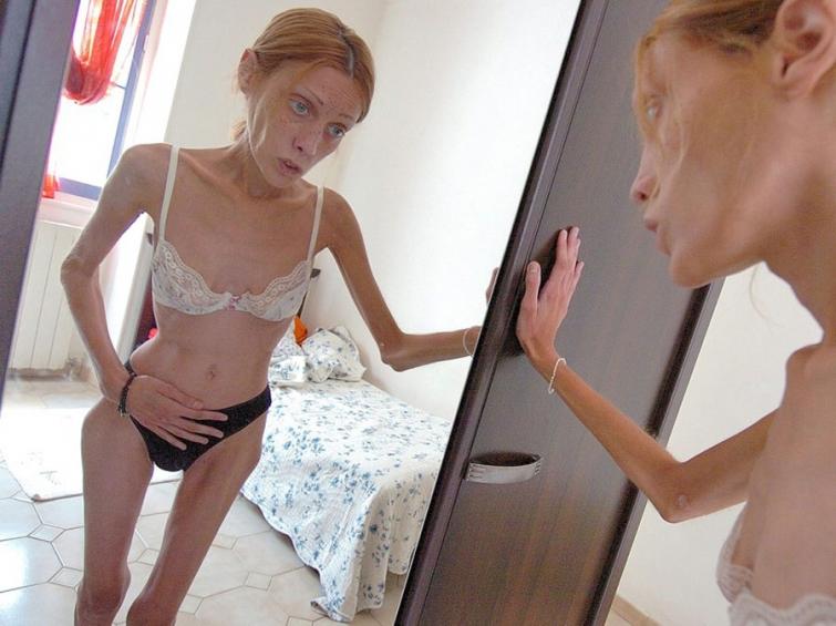 Hot brunette suck video
