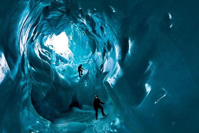 ice_cave_gorner_island_1.jpg